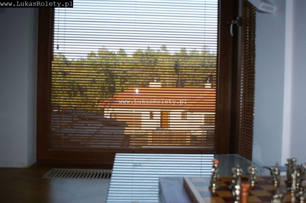 Galeria-zaluzje-drewniane-25mm-052