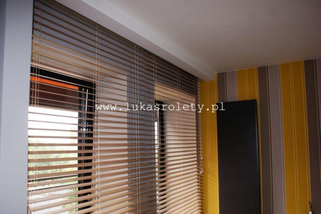 Galeria-zaluzje-drewniane-50mm-053