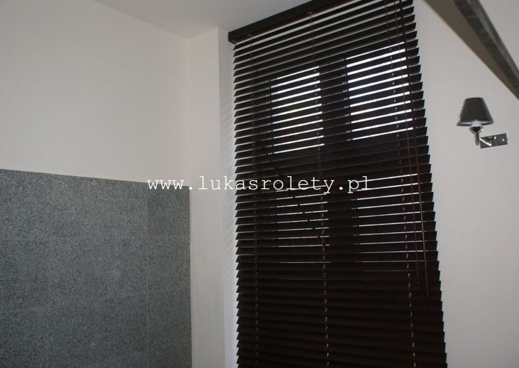 Galeria-zaluzje-drewniane-50mm-111