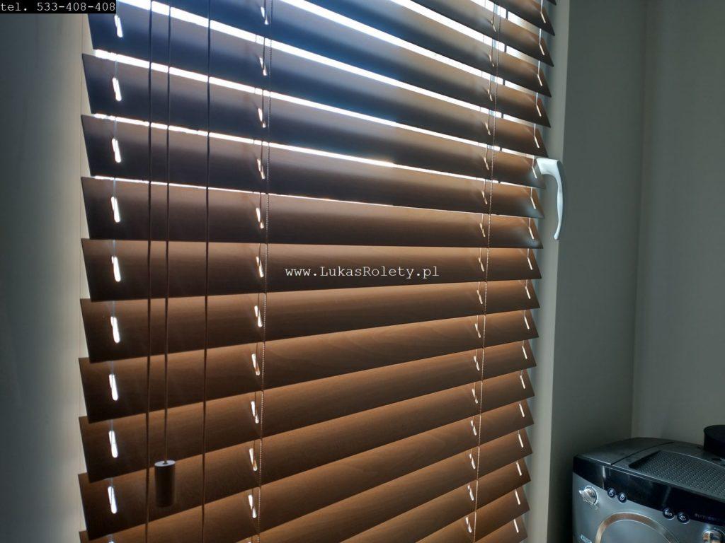 galeria Żaluzje drewniane Łódź 50mm na okno 4 drewno